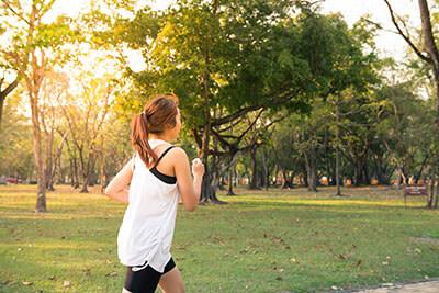 Gewichtsconsulent Hardinxveld Joggen in het Park - 400px